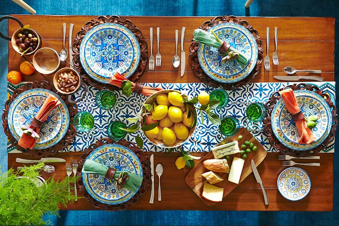 Med-dinner-table